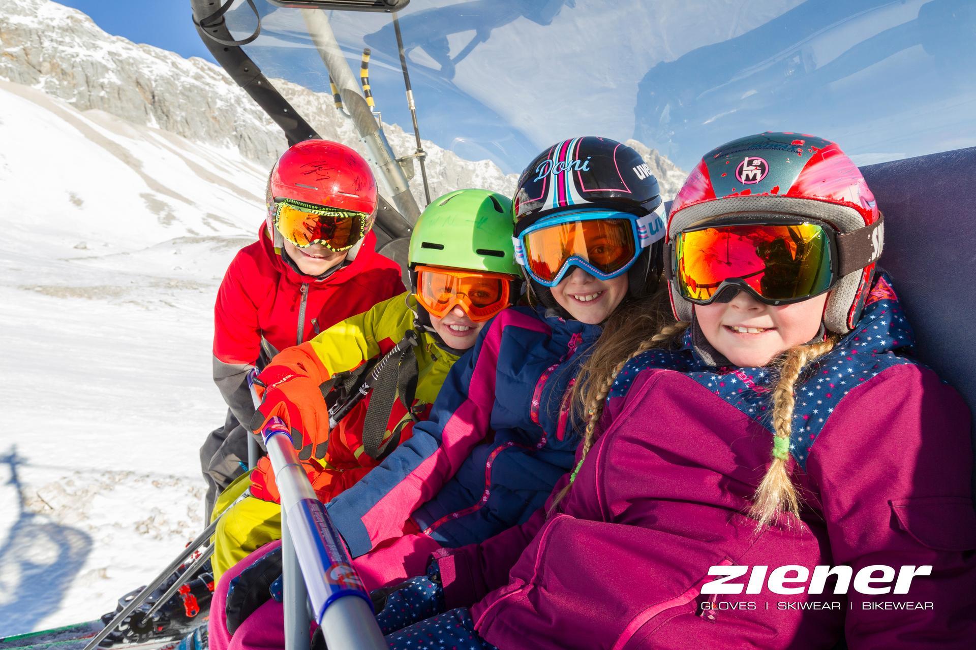 bf2ce0b51e1b14 Wenn beide Eltern Ski oder Snowboard mieten bekommen Kinder bis 10 Jahre  die gesamte Skiausrüstung (Ski