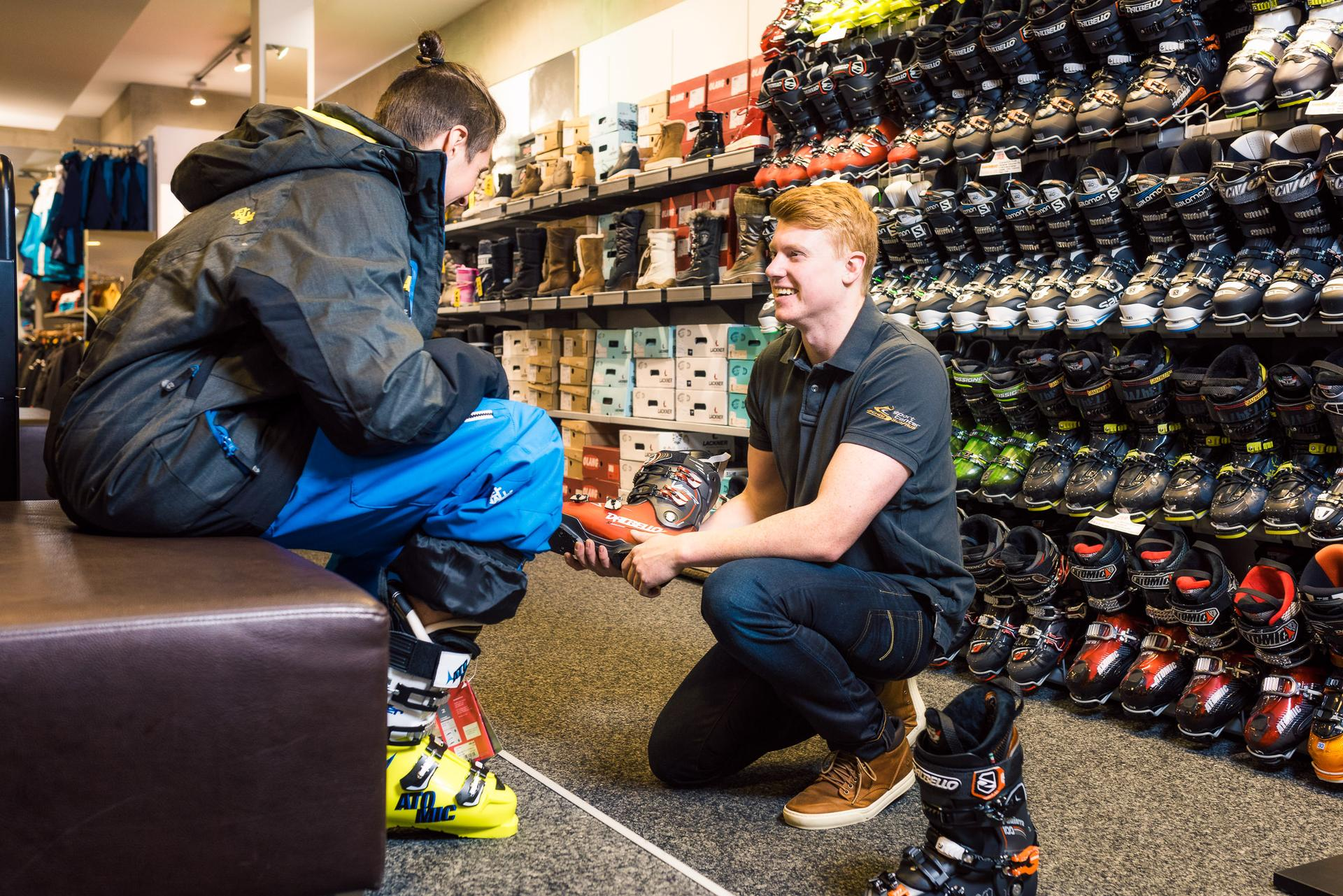 Ski boot adjustments in Serfaus   Boot